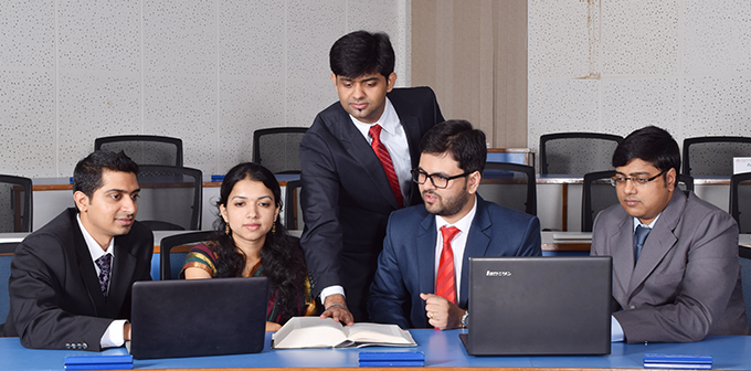 why should student choose IIMA PGPX program